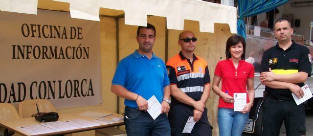 La Oficina de Solidaridad con Lorca se traslada al mercado semanal de Puerto Lumbreras - 1, Foto 1