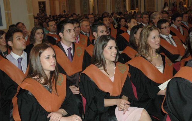 Entrega de Becas y Diplomas a la X promoción de Ingeniería Técnica en Obras Públicas y a la I del Grado Oficial en Ingeniería Civil, de la UCAM - 2, Foto 2