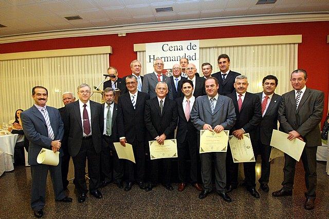 El diputado murciano Martínez Pujante, 'Colegiado de Honor' de los ingenieros técnicos industriales - 2, Foto 2