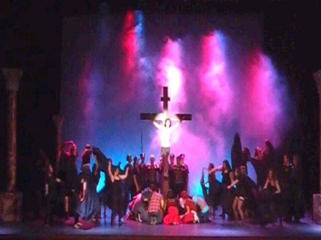 Lleno absoluto en la representación de Jesucristo Superestrella - 3, Foto 3