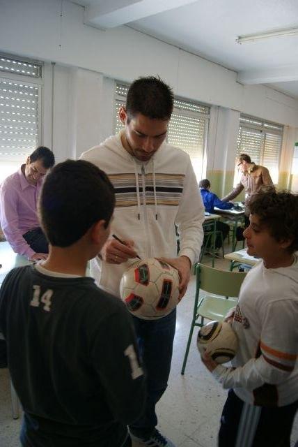 ElPozo Murcia FS organiza una jornada de convivencia el viernes con los escolares de la Región de Murcia - 2, Foto 2