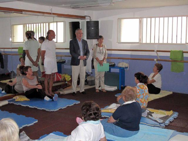Cincuenta mayores finalizan un nuevo curso de gimnasia energética - 1, Foto 1