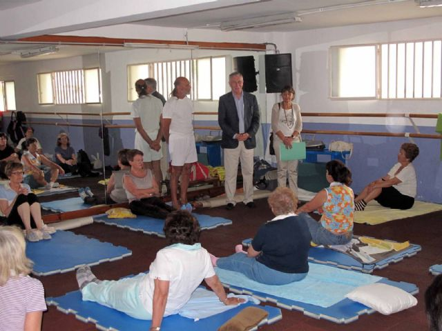 Cincuenta mayores finalizan un nuevo curso de gimnasia energética - 4, Foto 4