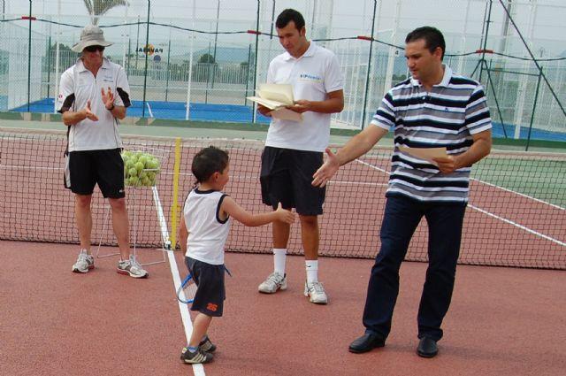 Los jóvenes jugadores de la Escuela Municipal torreña de tenis, diplomados - 4, Foto 4