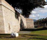 Las Murallas y el antiguo CIM reciben la visita de los mayores