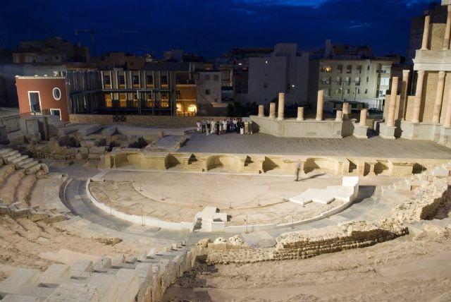 El Teatro Romano vuelve a brillar bajo la luz de la luna - 1, Foto 1