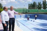 Puesta a punto de las piscinas municipales de Puerto Lumbreras para su apertura