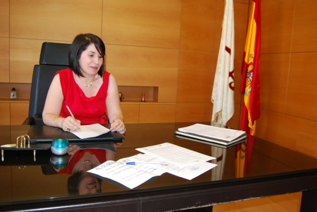 The mayor calls the delegate of the Government not to close the barracks of the Guardia Civil de Totana at night by the lack of effective