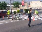 Realizan trabajos de repintado de la señalización horizontal y mantenimiento en la Avenida Juan Carlos I