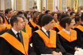 Acto de Imposición de Becas y Entrega de Diplomas a los alumnos de la XII Promoción de la Diplomatura en Turismo, I Promoción del Grado en Turismo y XI Promoción de la Licenciatura en Administración y Dirección de Empresas