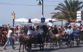 Una veintena de carruajes desfilan junto al mar en el VIII Encuentro de Carruajes Villa de San Pedro