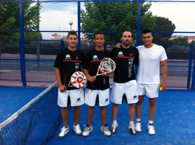Success of Hello Summer Paddle Tournament 2011, organized by the Club Paddle Tennis vs. Evolution
