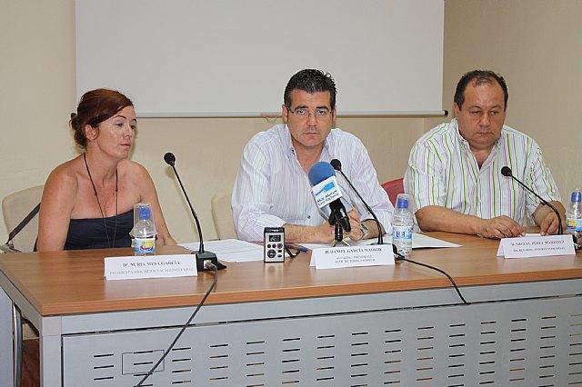 """Firma de un Convenio de colaboración con la O.N.G. """"Vacaciones en Paz"""" - 1, Foto 1"""