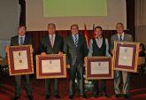 El Ayuntamiento de Puerto Lumbreras otorgó la Medalla de Oro a título póstumo al primer Alcalde de la democracia en el municipio