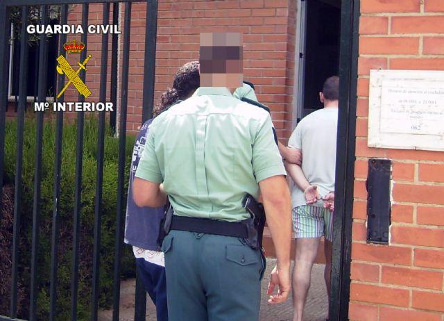 La Guardia Civil detiene a cuatro personas por robo en una explotación agrícola de Mula - 2, Foto 2