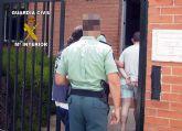 La Guardia Civil detiene a cuatro personas por robo en una explotación agrícola de Mula