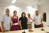 La Federaci�n Española de Agrupaciones de Folclore entrega una ayuda solidaria al Ayuntamiento de Lorca
