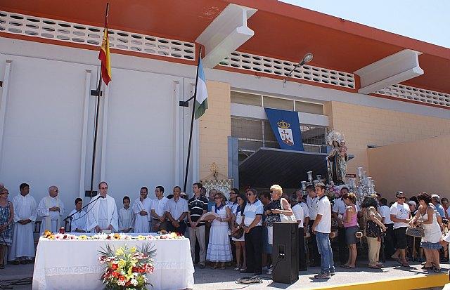 Miles de personas acompañan a la patrona de los pescadores en la romería de San Pedro del Pinatar - 4, Foto 4