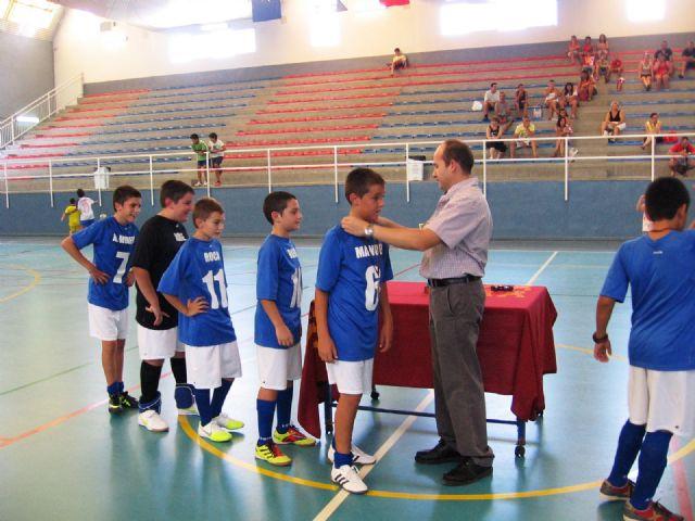 Los Dinamitas se llevan el torneo de verano de futbol sála alevín, Foto 1