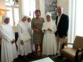 La alcaldesa entrega a las Hermanitas de los Pobres 20.750 euros de su subvención anual