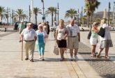 Más de 800 turistas británicos llegan al puerto a bordo del Boudicca