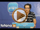 El portavoz del Grupo Municipal Popular, David Amorós, presentó en rueda de prensa las propuestas de su grupo al pleno ordinario del mes de julio