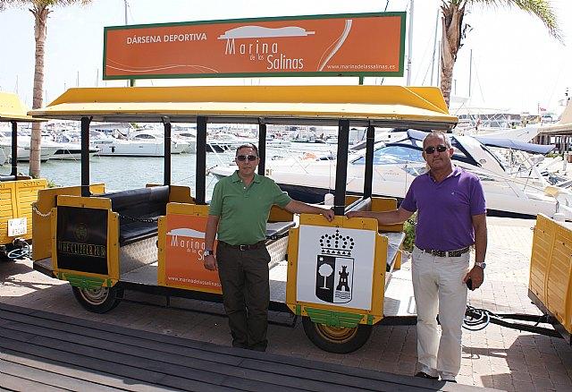 Un tren turístico gratuito recorre el centro de San Pedro, el Puerto Marina de Las Salinas y Lo Pagán - 1, Foto 1