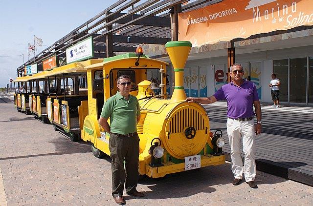 Un tren turístico gratuito recorre el centro de San Pedro, el Puerto Marina de Las Salinas y Lo Pagán - 2, Foto 2