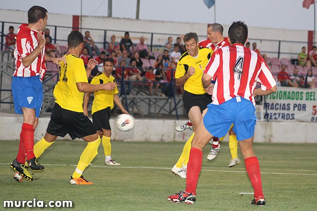 The Olympic and Real Murcia CF (0-5) share the first party commemorating the 50th anniversary of the club totanero