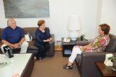 La alcaldesa recibe a la científica e Hija Predilecta de la ciudad, María Cascales