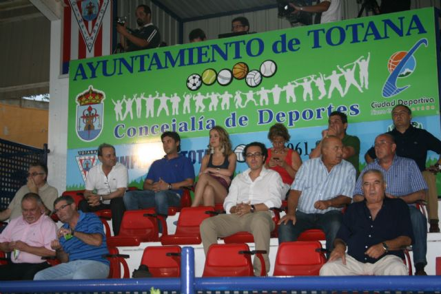 The Olympic FC Cartagena (0-7) compete for the last friendly match organized to mark the 50 anniversary