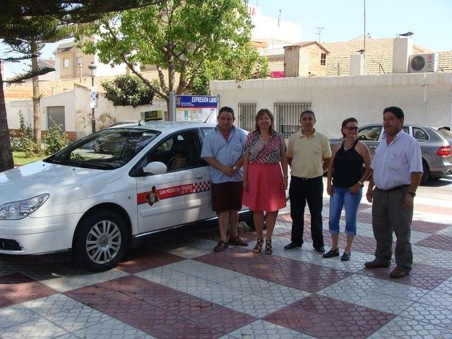 Los taxis de San Pedro del Pinatar renuevan y unifican su imagen - 1, Foto 1