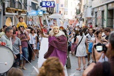 El Satiricón, de Guirigai Teatro inaugura el Festival Internacional de Teatro y Danza de San Javier con una gran fiesta en la plaza de España - 2, Foto 2