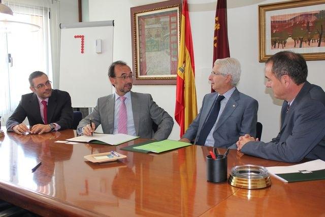 La Comunidad y Caja Rural Central firman un acuerdo para facilitar financiación en condiciones preferentes a las empresas de economía social - 1, Foto 1