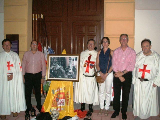 Una fotografía de la virgen preside la IX Guardia Templaria - 1, Foto 1
