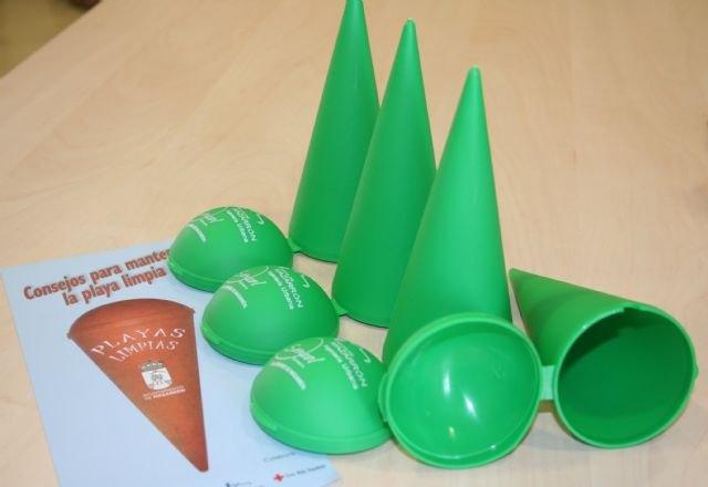 Bando, conos y folletos en defensa del medio ambiente, Foto 2