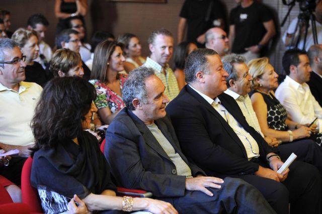 Ferran Adriá se compromete en La Unión a ser embajador del flamenco por todo el mundo - 2, Foto 2