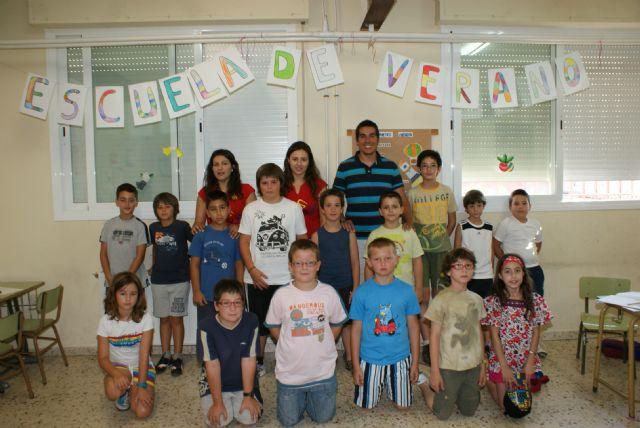 Más de 50 niños y niñas de Puerto Lumbreras han participado en la Escuela de Verano 'Summer School' - 1, Foto 1