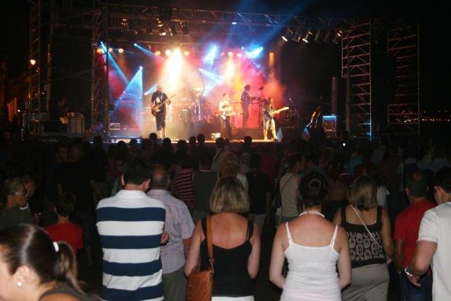 Masiva participación en las fiestas de agosto - 2, Foto 2