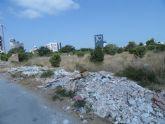 El Grupo Socialista denuncia la proliferación de escombreras ilegales en plena Avenida Juan Carlos I