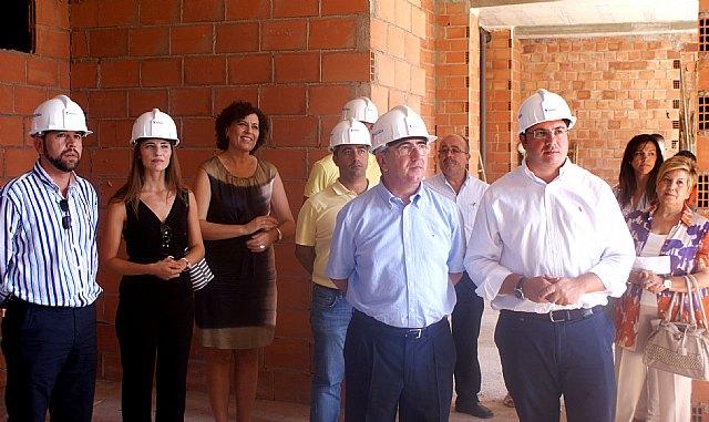 El consejero Campos visita las obras del nuevo Ayuntamiento de Puerto Lumbreras - 1, Foto 1