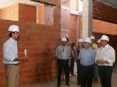 El Consejero de Presidencia, Manuel Campos y el Alcalde de Puerto Lumbreras, Pedro Antonio Sánchez visitan las obras del nuevo Ayuntamiento de la localidad