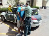 La Guardia Civil detiene a cinco personas que estaban robando en una empresa