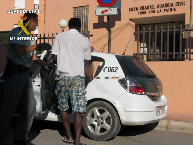 Detenido mientras huía tras robar joyas en una vivienda - 2, Foto 2