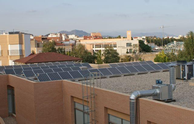 El Ayuntamiento de Puerto Lumbreras instala placas solares fotovoltaicas para el suministro eléctrico en tres nuevos edificios públicos - 1, Foto 1
