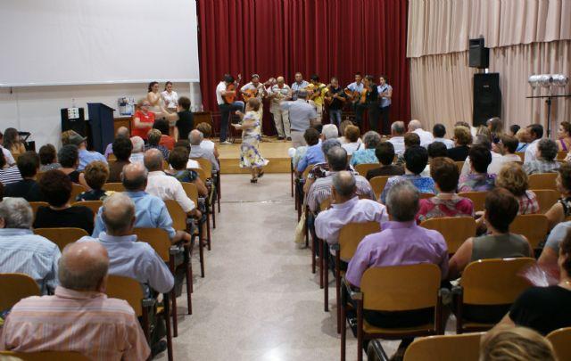 Multitudinario 'Encuentro Benéfico de Cuadrillas y Bailes Regionales' a favor de los enfermos de alzheimer - 1, Foto 1
