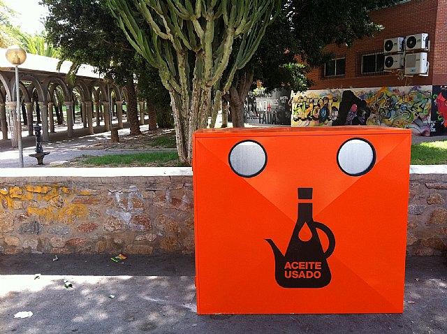 La concejalía de Medio Ambiente amplía hasta 54 el número de contenedores para el reciclaje de aceite - 1, Foto 1