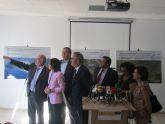 La ministra de Medio Ambiente confirma en Portmán las obras de regeneración de la bahía