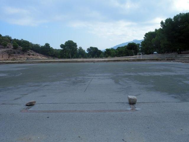 El Grupo Socialista lamenta el estado de abandono de la zona de El Valle Perdido y de las instalaciones deportivas anexas - 4, Foto 4