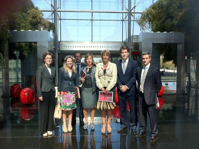 Martínez Conesa ultima la participación de Murcia en un importante seminario para atraer a inversores de todo el mundo - 1, Foto 1